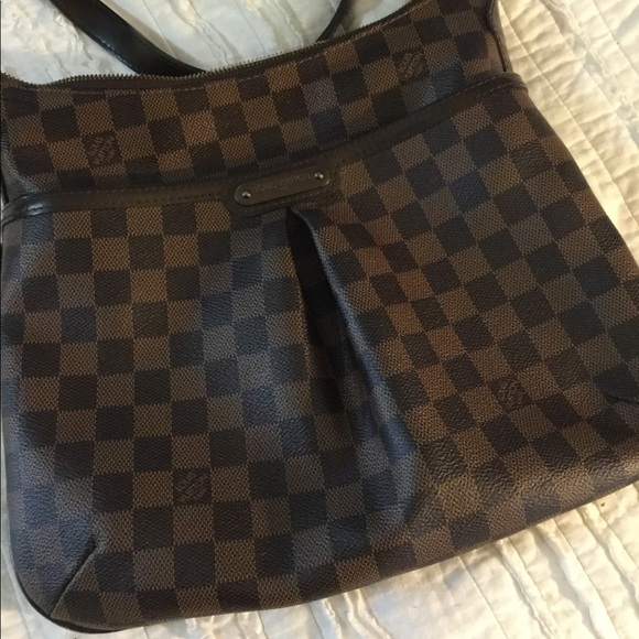 f15ac3b634 Louis Vuitton Handbags - Luis Vuitton Damier Bloomsbury Cross body bag